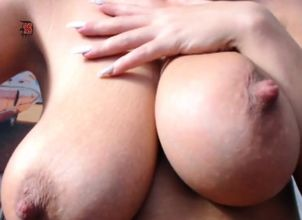 Big-titted Allison Thick Knockers
